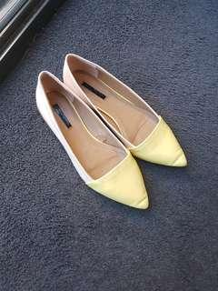 Zara Trafaluc flat shoes