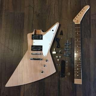 Guitar DIY - Explorer Electric Guitar