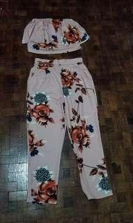 Croptop and pants for meduim only