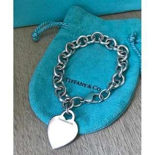 原價碼2500  Return to Tiffany Heart Tag Bracelet