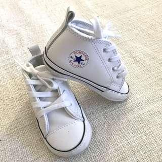 Chuck Taylor First Star Infant High Top White