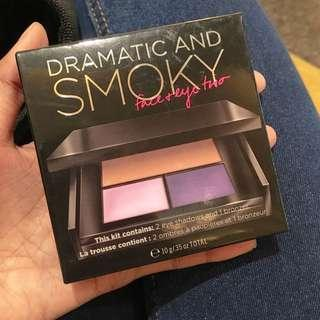 Victoria's Secret Dramatic & Smoky Palette
