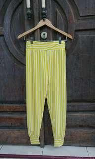 Celana Stripes