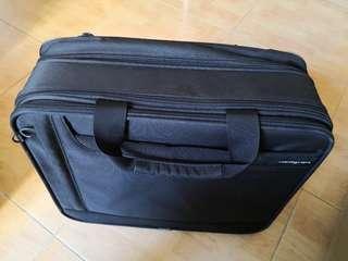 Hedgren luggage case 小拖喼