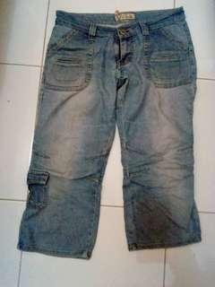 Celana jeans 7/8 (size 29)