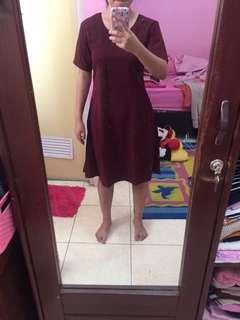Dress maroon polos