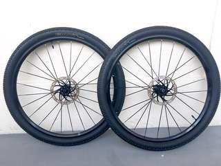 "Used Bicycle Components — Mavic Crossride 27.5"" Wheelset"