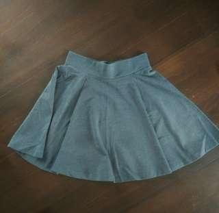 H&M grey skater skirt