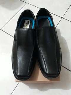Black leather shoes(marikina made)