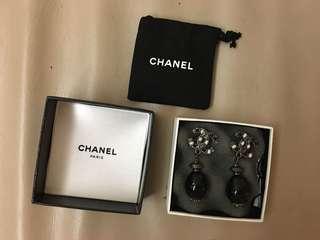 Chanel earrings Boucles Oreille