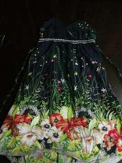 Black floral dress ₱150