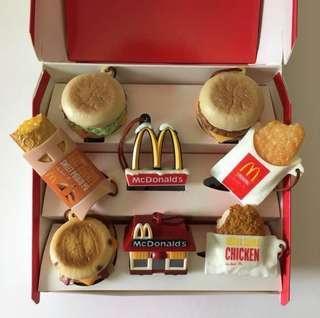 (包郵) 麥當勞 吊飾 一套+2隻