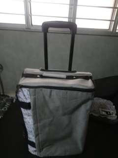 Luggage /can be flatten