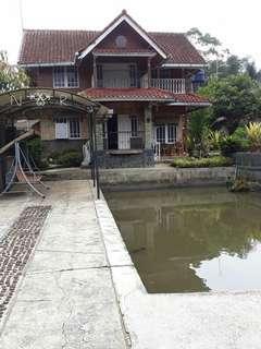 Dijual villa diciwide bandung SHM. Lt.2271.Lb.380m2.5,3M.nego