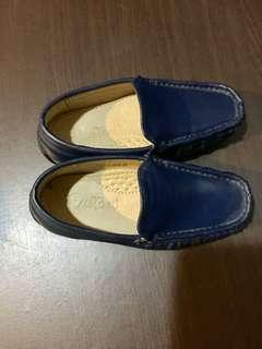 Reprice!Rustans leather topsider