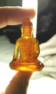 Natural amber Buddha craft - pocket size