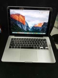 MacBook Pro 13 inches internal camera dvd good for study