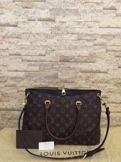 Authentic Louis Vuitton Pallas PM