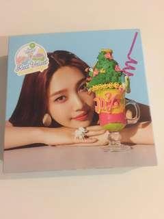 Red Velvet Summer Magic Limited Edition Joy Album Cover
