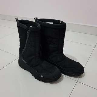Like New: Decathlon Quechua Winter Snow Boots