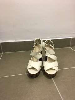 Nine West heels size 8
