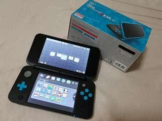 Nintendo 2DS XL Black & Blue