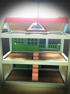 Wooden toy house (repaint)