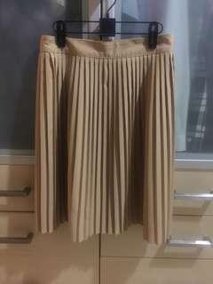 Lipit skirt