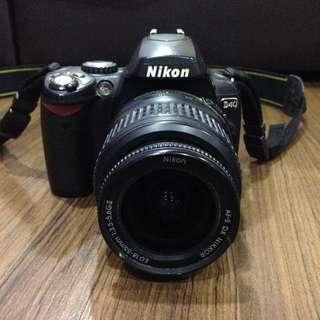 Nikon D40 complete set