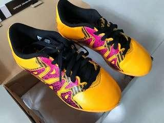 Adidas Football kids Shoes 90% New兒童波鞋
