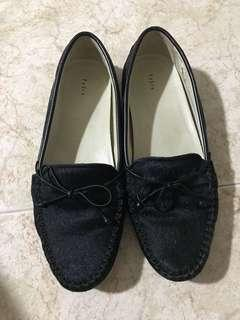 🚚 Pedro Loafers