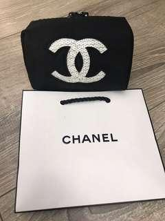 Chanel cosmetic bag (small)