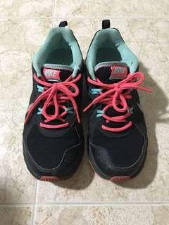 🚚 Nike Shoes