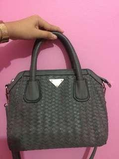 HUER Hand Bag Grey