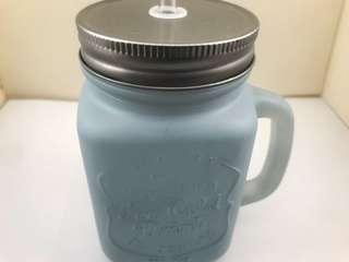 Cold cup with straw