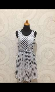Korean polkadot dress
