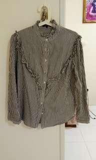 nichii rufllfle neck shirt