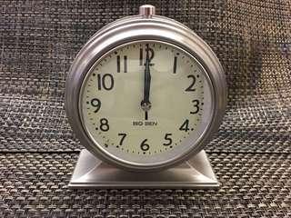 Clock 鐘
