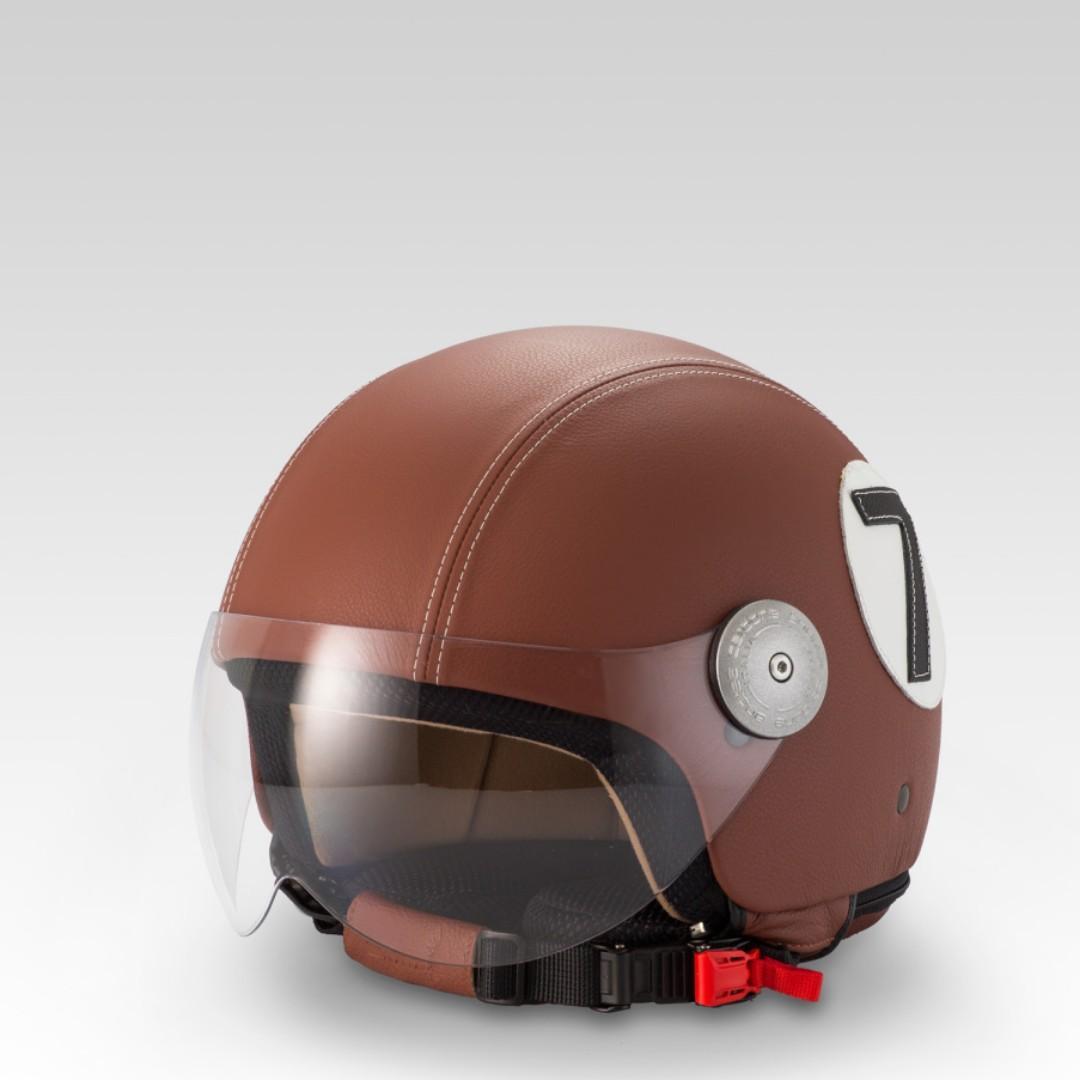 [全新]MOTOR-CYCLE GENUINE LEATHER HELMET/真皮頭盔.   MADE IN ITALY.