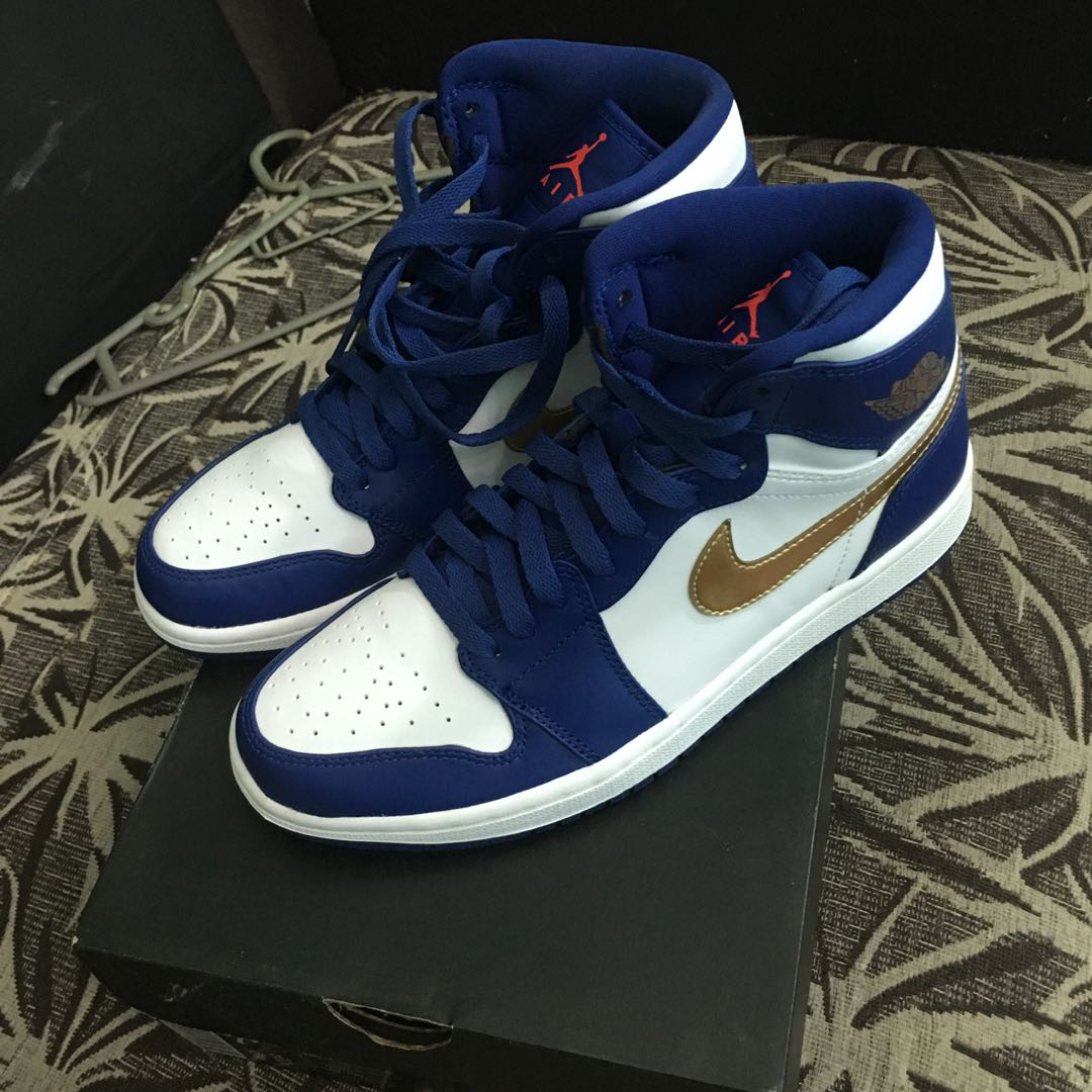 2fdcaa4d1d9b5 Air Jordan 1 Royal Blue