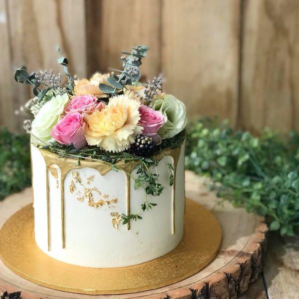 Stupendous Floral Themed Cake 21St Birthday Cake Classy Birthday Cake Free Funny Birthday Cards Online Overcheapnameinfo