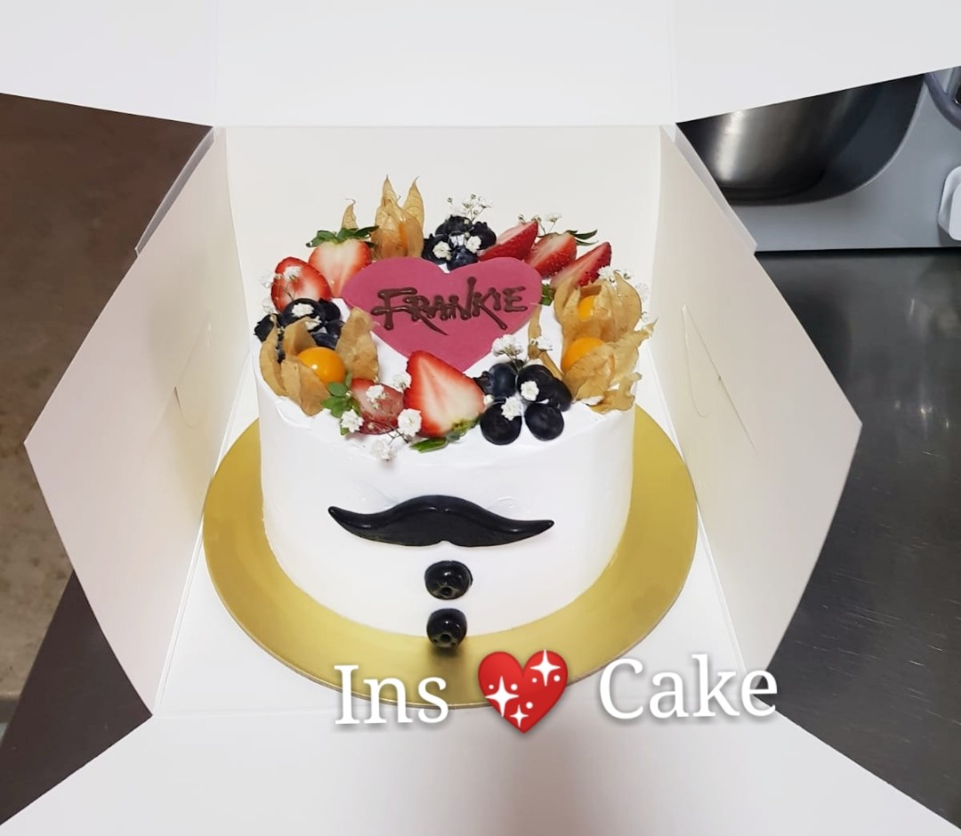 Gift For Him Birthday Cake Food Drinks Baked Goods On Carousell