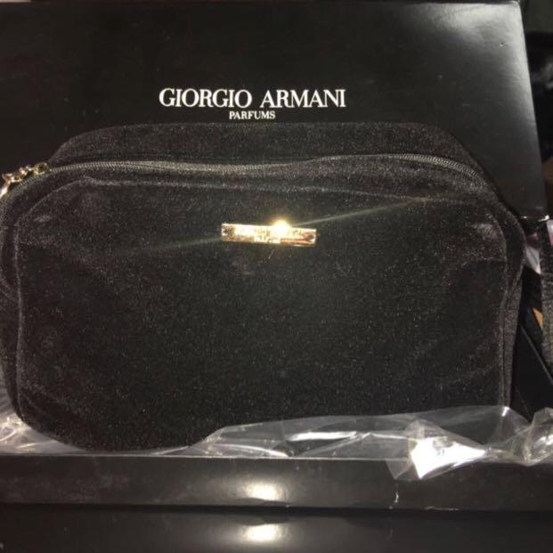 d48978fb31d9 Giorgio Armani Black Makeup Pouch with Box