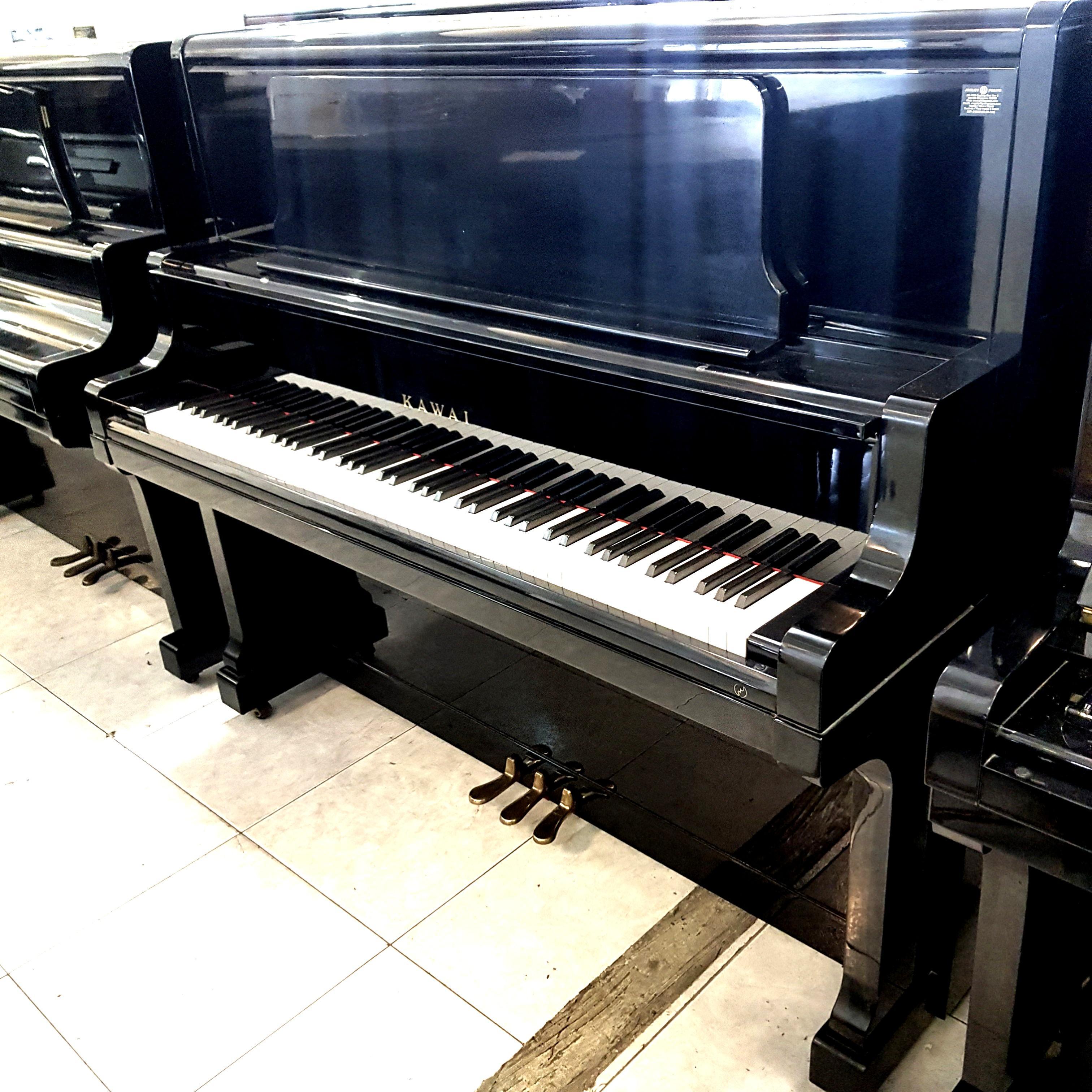 KAWAI Piano US-60, Music & Media, Music Instruments on Carousell