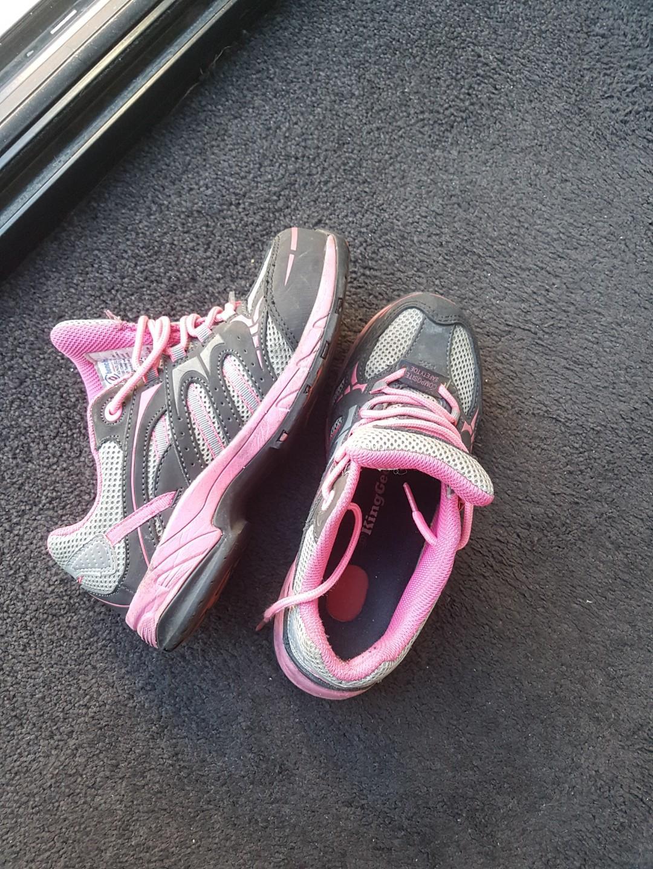 King Gee steel cap sneakers