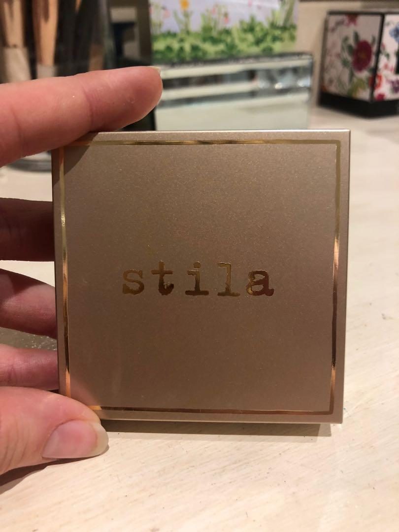Stila Bronze Highlighter