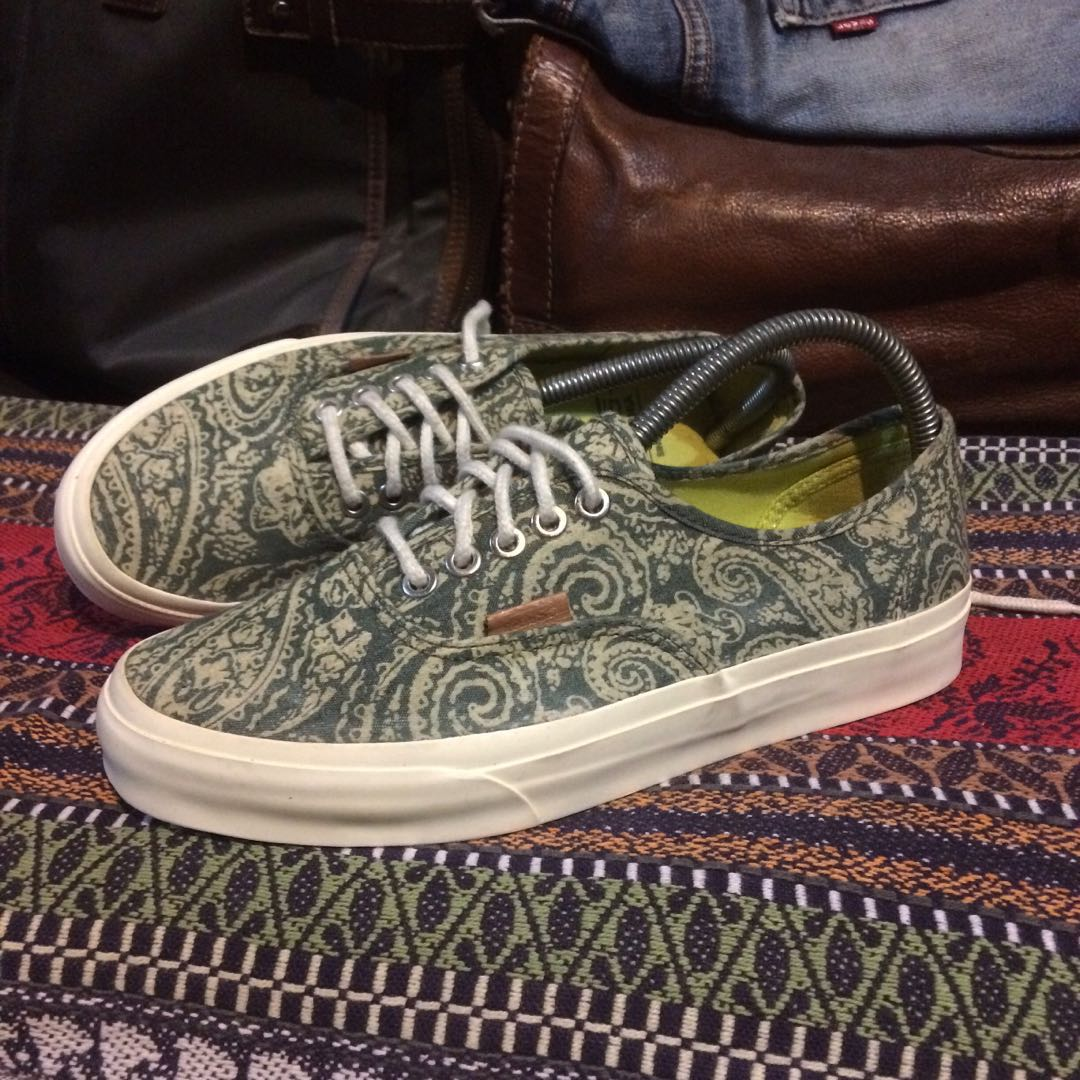 9899b5b9c5 Home · Men s Fashion · Men s Footwear. photo photo ...