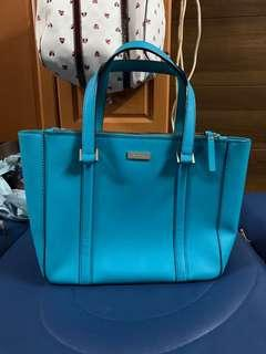 Authentic Kate spade bag,95%new,good conditions as pic ,size 30*25*10cm