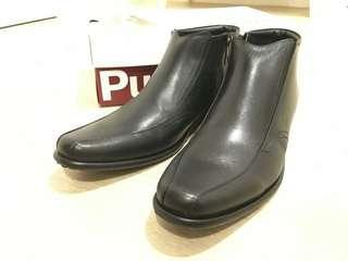 Sepatu pantopel Hush puppies original