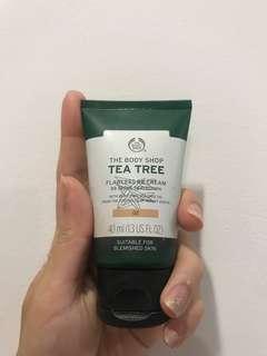 The Body Shop Tea Tree BB Cream Shades 02